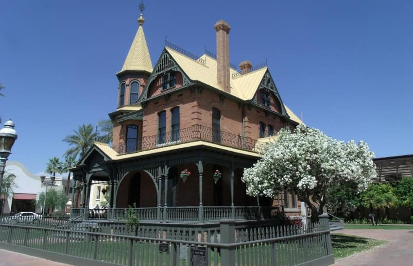 exterior of the Rosson House in Phoenix