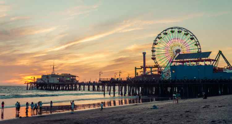 santa monica pier bus rental